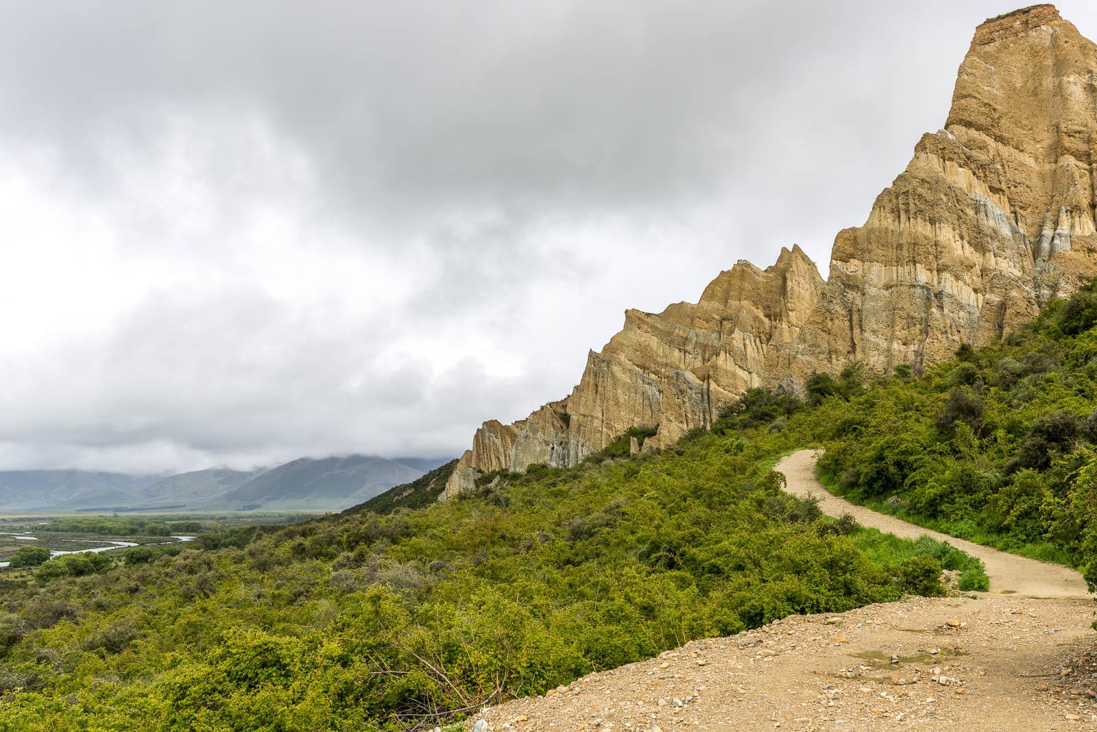Omarama Clay Cliffs trail clouds